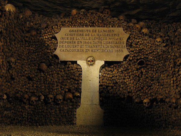 Catacombes_de_Paris