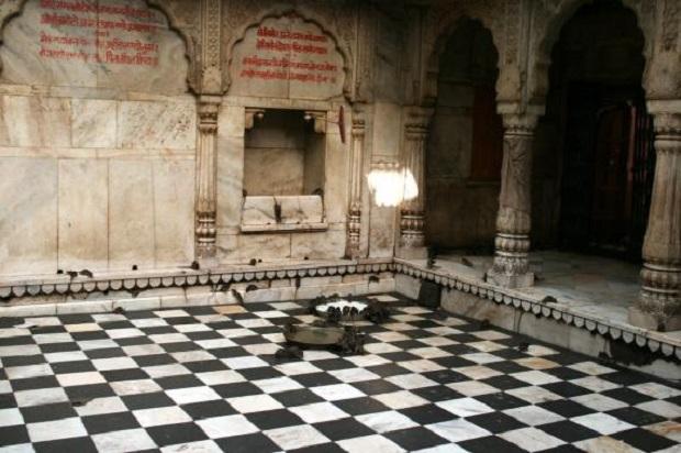 rat-temple